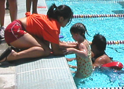 assisting kid from pool 2005 svkt: