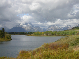 clouds obstruct Mt Moran at Oxbow Bend: