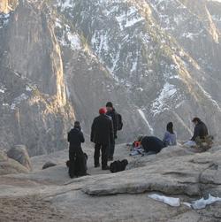 Feb 2007 at top of Yosemite falls trail photo by Howard Wang?: