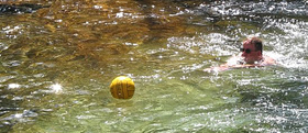 Alan Ahlstrand rescues water polo ball:
