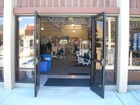 De Anza college wellness center entrance: