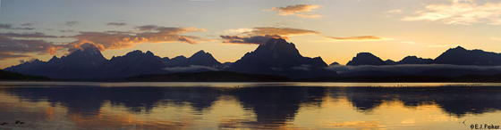 photot by e j peiker Teton Sunset Jackson lake.:
