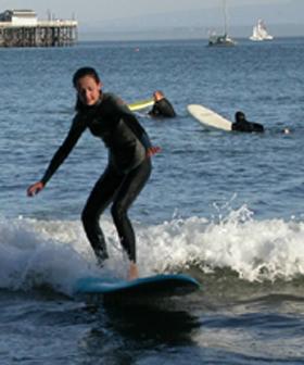 girl three surf oct 2003:
