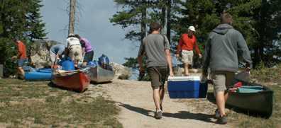leigh lake portage traffic jam 2007:
