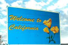 photo by Alanna Klassen Welcome to california: sign that says Welcome to california