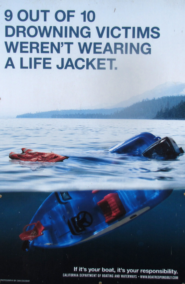 9 out of 10 drowning victims: photo of a poster that says 9 out of 10 drowning victims were not wearing a lifejacket