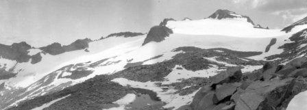 Lyell Glacier in 1903 by GK Gilbert.: Lyell Glacier photo taken in 1903 by GK Gilbert.