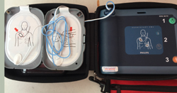 AED unzipped case