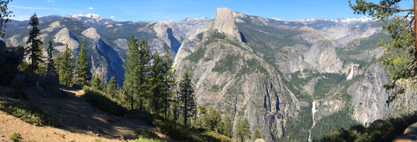 Yosemite mountains as seen from Washburn point