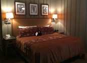 queen sized bed in Ahwahnee cottage