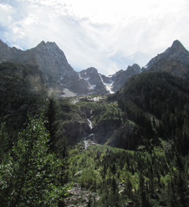 multiple cascades coming down a mountain