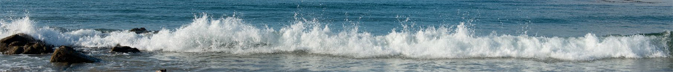 long line of wave breaking