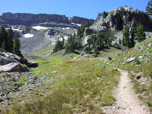 trail and mountians